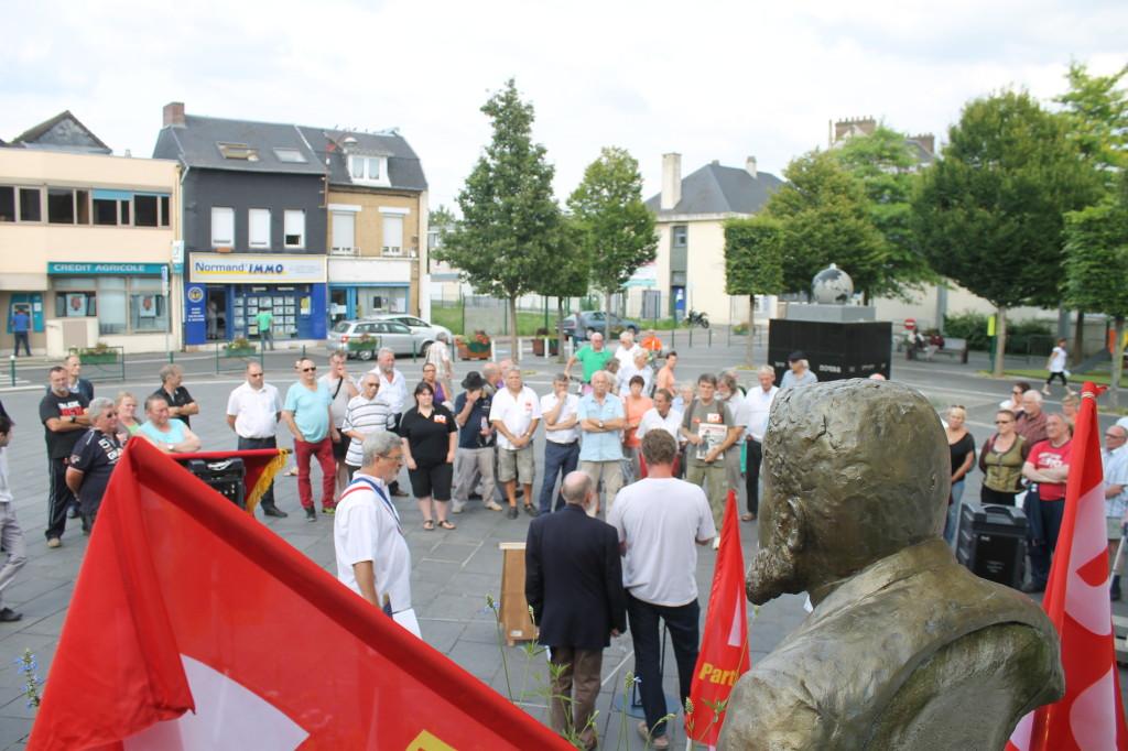 80 participants à la manifestation de Caudebec les Elbeufs pour la commémoration du 100 ème anniversaire de la morts de J.Jaurès