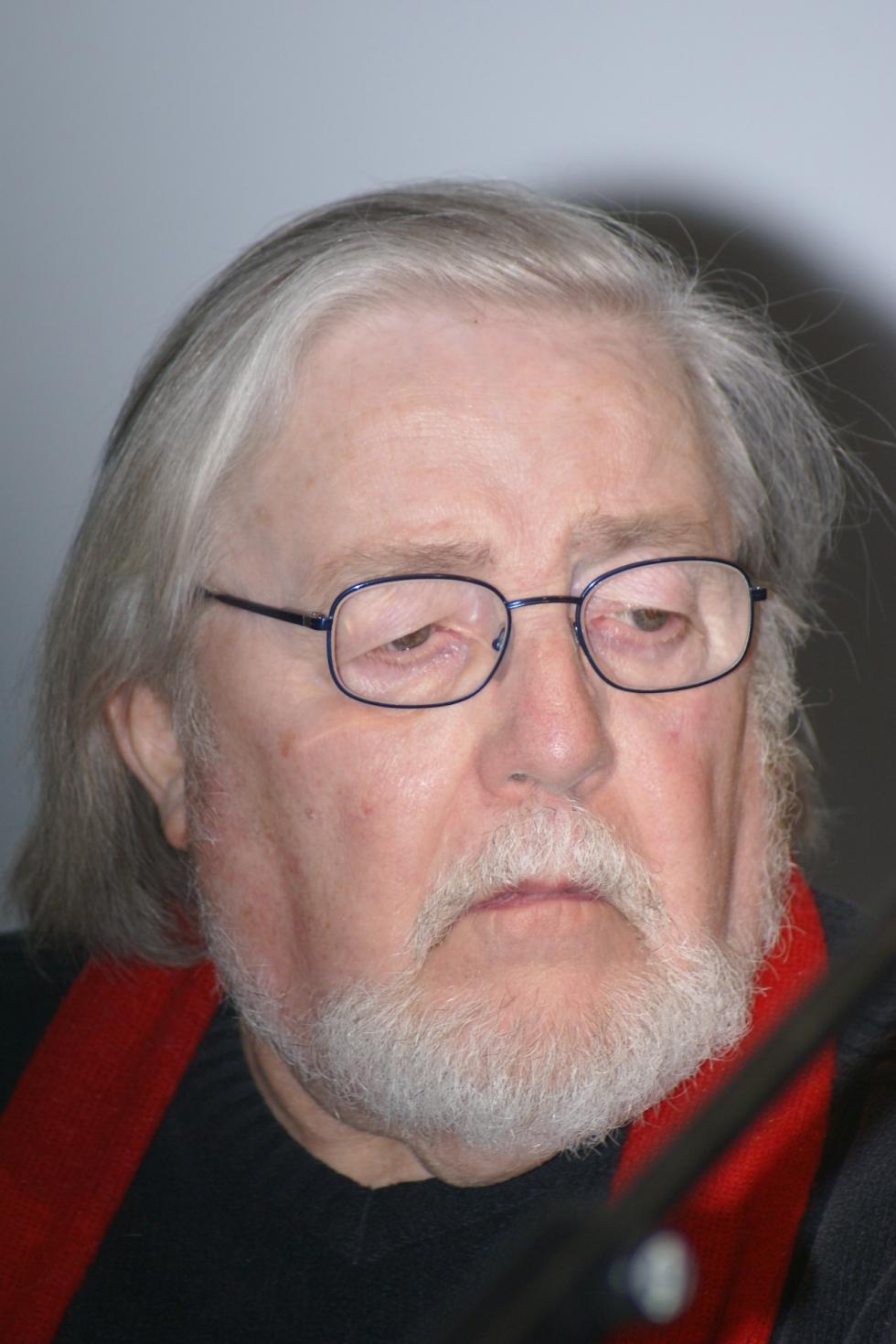 Jean JOULIN ancien codirecteur du théatre Maxime Gorki nous a quittés.